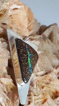 Opale boulder verte