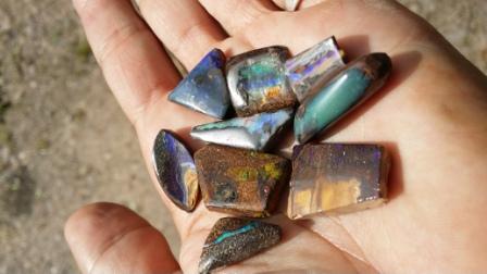 2 quelques opales polies