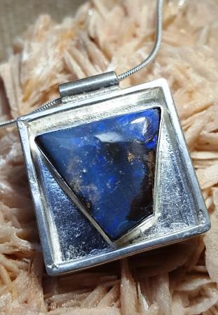 Opale boulder bleue carre
